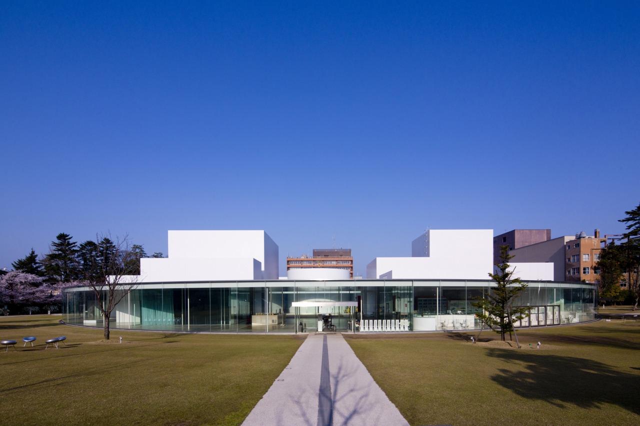 金沢21世紀美術館|【公式】金沢の観光・旅行情報サイト|金沢旅物語|観光・体験|【公式】金沢の観光・旅行情報サイト|金沢旅物語